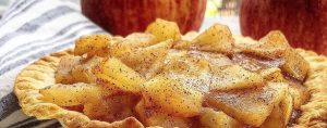 Warm apple dessert